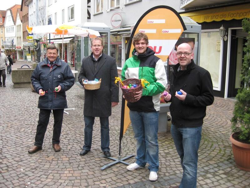Die Mitglieder der Frankenberger CDU am Ostersamstag in der Fußgängerzone